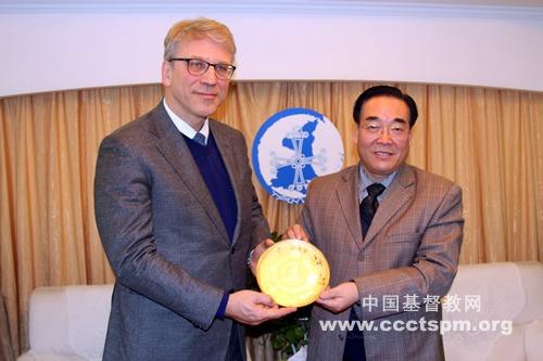 世界基督教教会联合会总干事访问陕西省教会