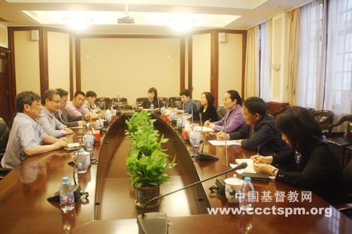 上海市政协副主席赵雯走访基督教全国两会