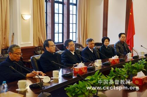 中共上海市委常委、统战部部长郑钢淼走访基督教全国两会