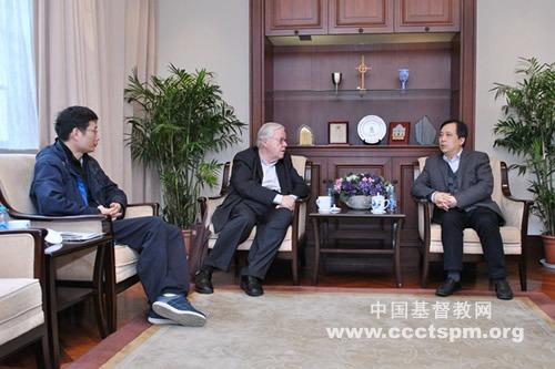 中国基督教三自爱国运动委员会主席徐晓鸿牧师会见魏克利牧师