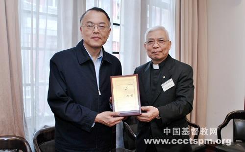 香港华人基督教联会访问团一行访问基督教全国两会