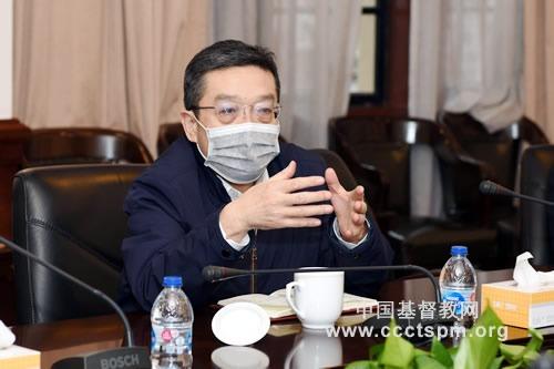中共上海市委常委、统战部部长郑钢淼走访基督教全国两会,指导防疫工作并座谈