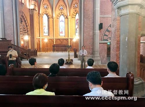 """上海市政协""""四史""""学习教育考察团到访基督教全国两会"""