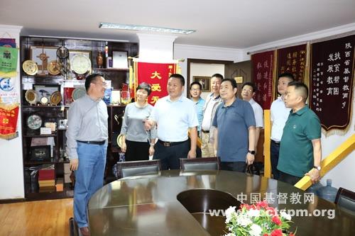 单渭祥牧师走访陕西省基督教两会、陕西圣经学校