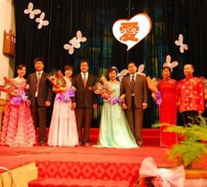 浙江宁波圣教堂举行夫妻聚会