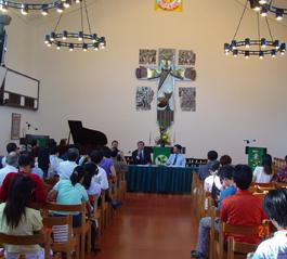 中国基督教代表团访问在港的两所神学院
