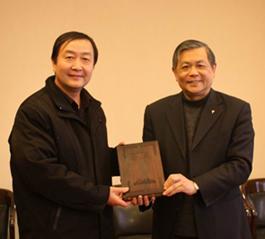 南京爱德印刷有限公司总经理一行与基督教全国两会负责同工进行座谈