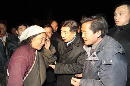 回良玉:要充分发挥民族宗教界人士在抗震救灾中的重要作用